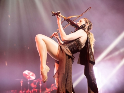 Lindsey Stirling 11.10.10 - 01